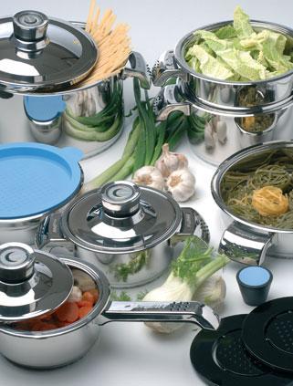 Набор посуды 16 предметов Invico c металлическими крышками BergHOFF