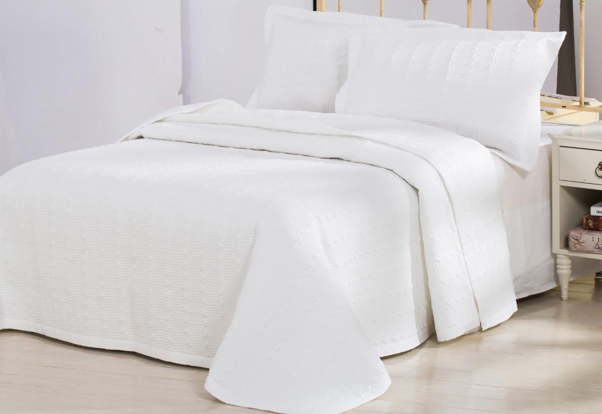 Комплект декоративное покрывало с наволочками Cecilia LUXURY LINENS тенцел белое