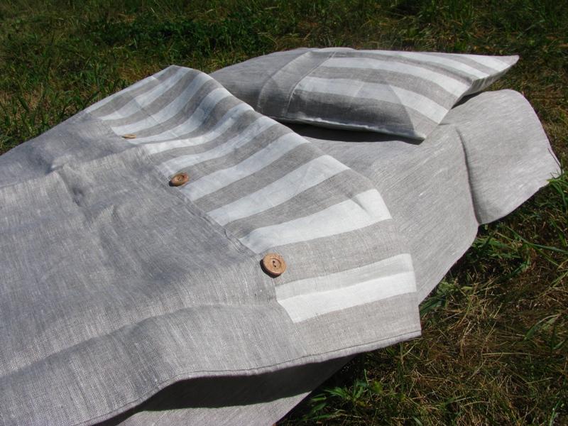 Постельное белье с декором из льна полоска