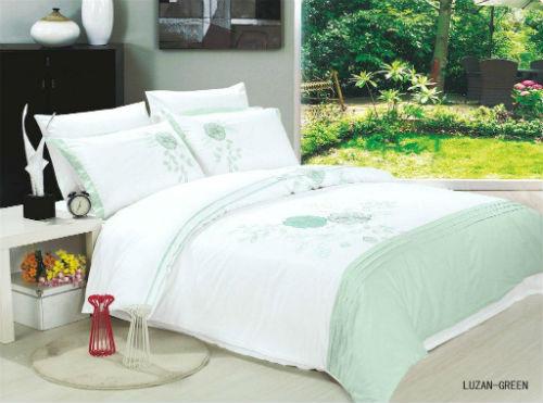 Постельное белье вышивка Le Vele LUZAN green