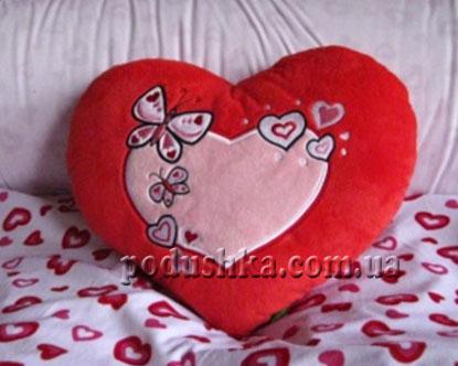 Подушка Сердце с бабочкой