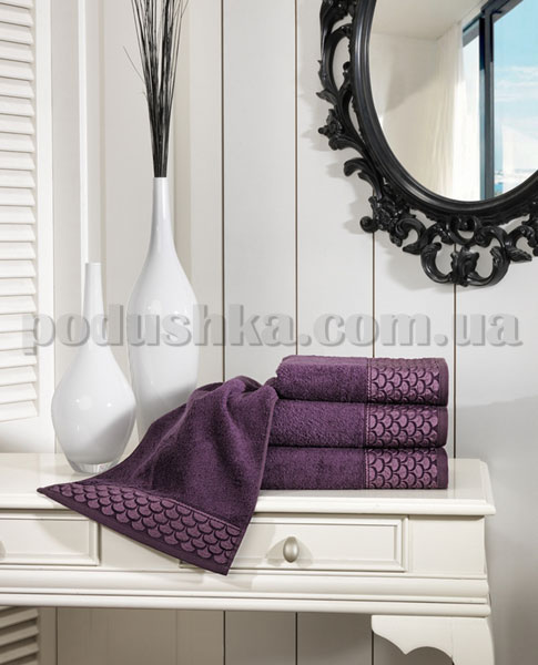 Полотенце махровое ISSIMO MIRANDA PURPLE пурпурное
