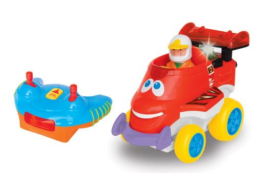 Радиоуправляемая игрушка - Гоночная машинка
