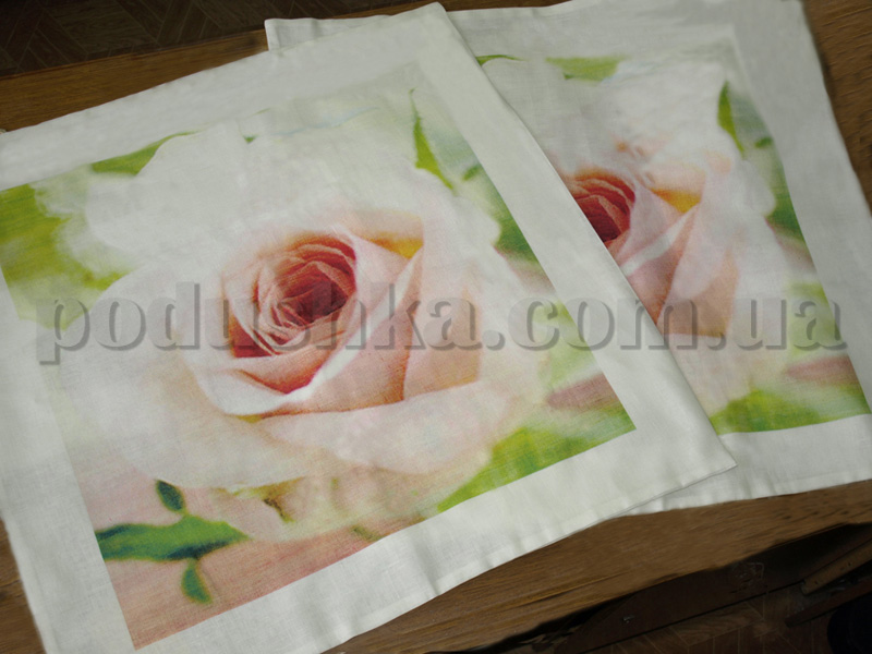 Наволочки из льна Розы