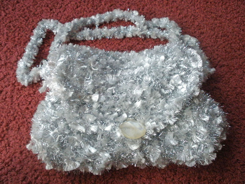 Вечерняя сумочка белая