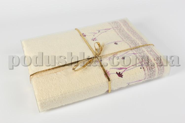 Махровое полотенце Руно кремовое с вышивкой Розы