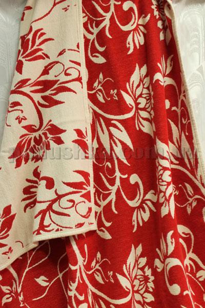 Покрывало шенилловое Klippan Saule 1811 красно-белое