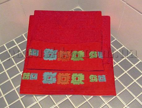 Полотенце махровое с вышивкой Унисон Gerber красный