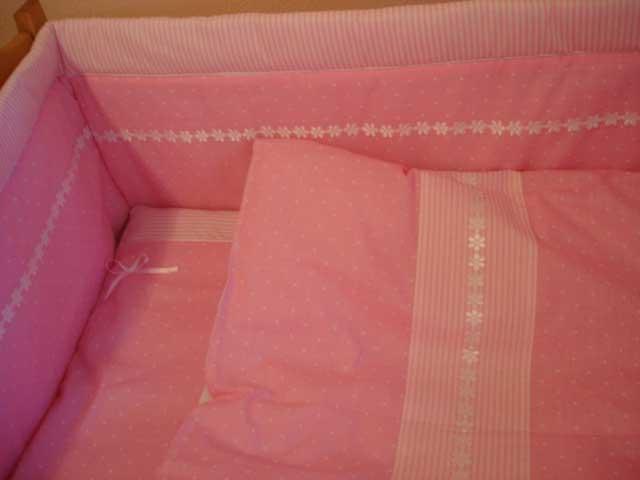 Ограждение к комплекту Веселый горошек розовый