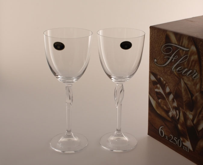 Бокалы для вина Fleur 250мл Bohemia