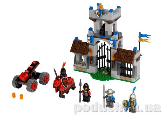 Конструктор Lego Нападение на стражу Castle 70402