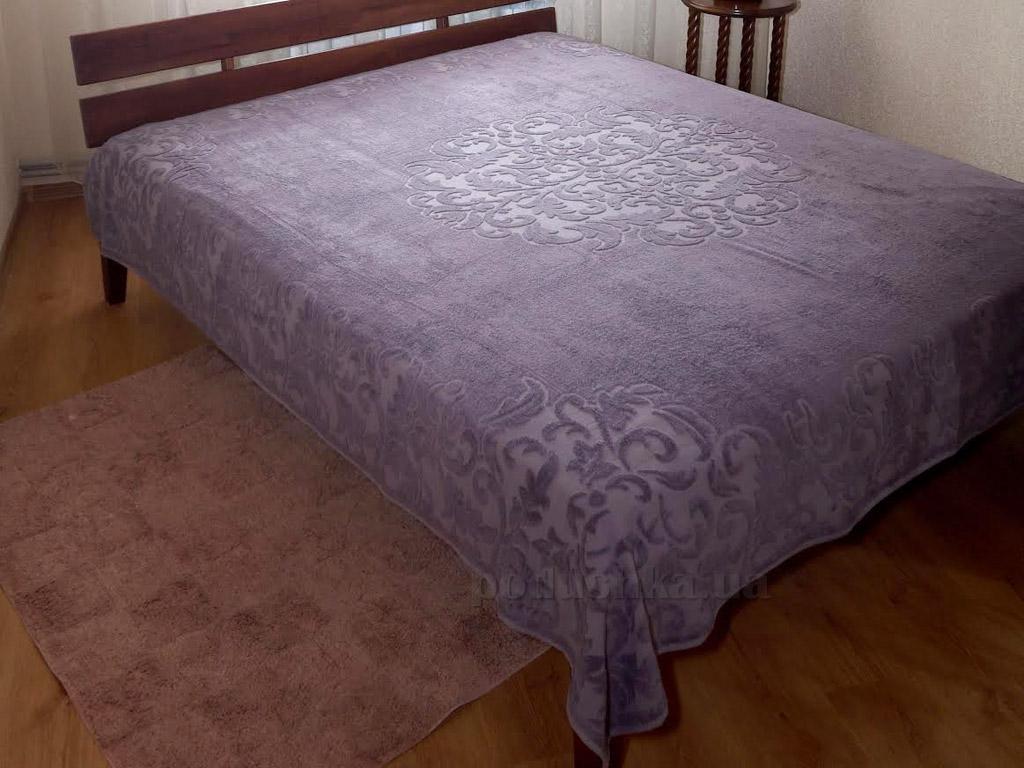 Махровая простынь-покрывало Pavia Monogram purple фиолетовая