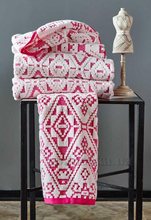 Махровое полотенце Karaca Peace fusya 85х150 см  Karaca home