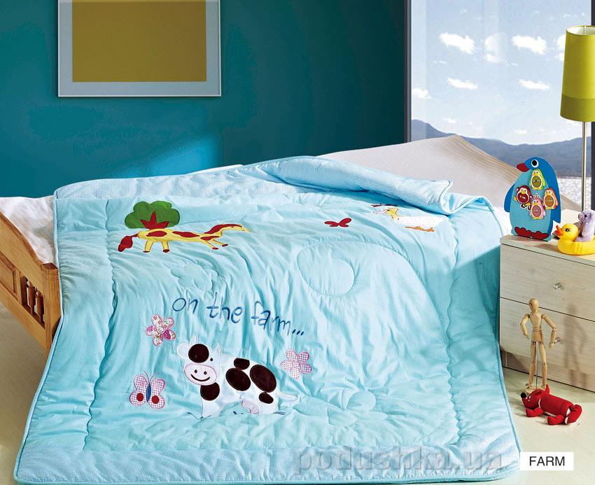 Одеяло детское с вышивкой Arya Farm