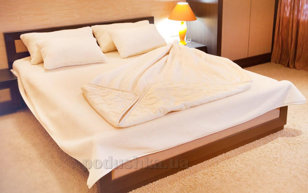 Одеяло шерсть и хлопок Lux Prestige Merino 220х200 см  Lux Prestige
