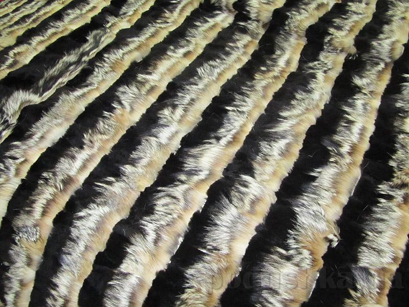 Покрывало Autstone из натурального меха лисы и нутрии полосами