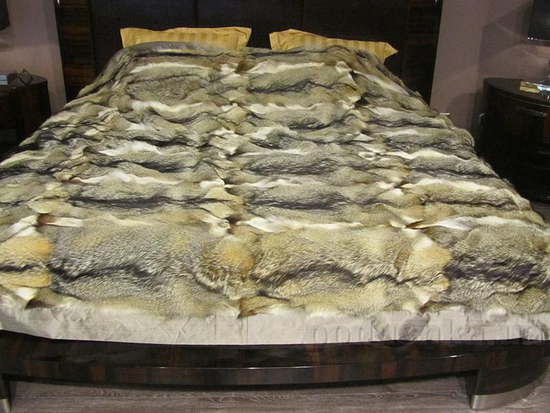 Покрывало Autstone из натурального меха лисы и американского волка