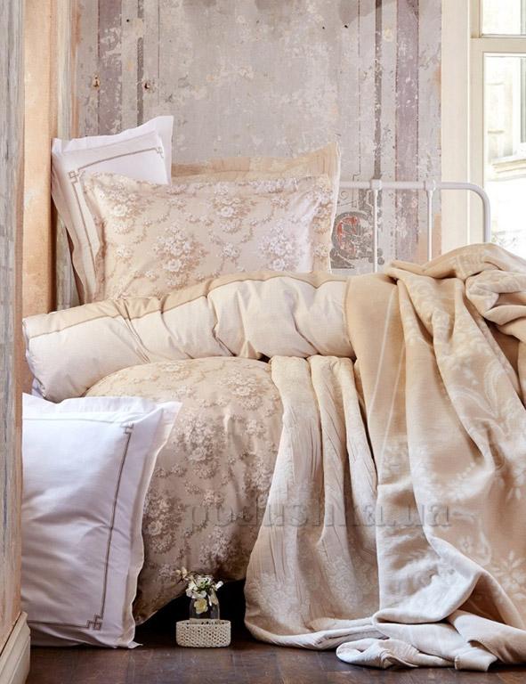 Постельное белье с покрывалом и пледом Karaca Timeless best toprak