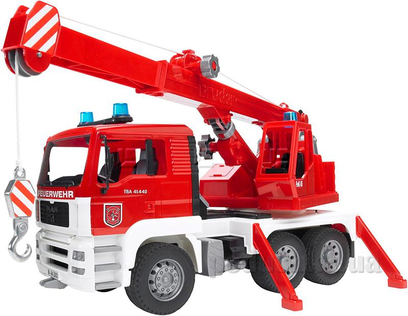Пожарный автомобиль с краном Bruder М1:16