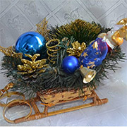 Декоративные сани Лоза и Керамика золотисто-синие