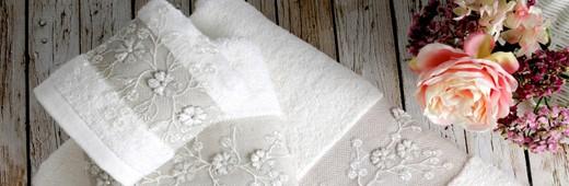 Махровые полотенца от Тм Irya - дарят приятные ощущения коже и создают красоту в интерьере ванной комнаты!